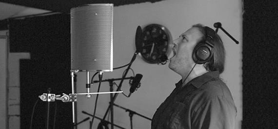 Craig Junghandel recording vocals for the Bedemon 2002 Sessions