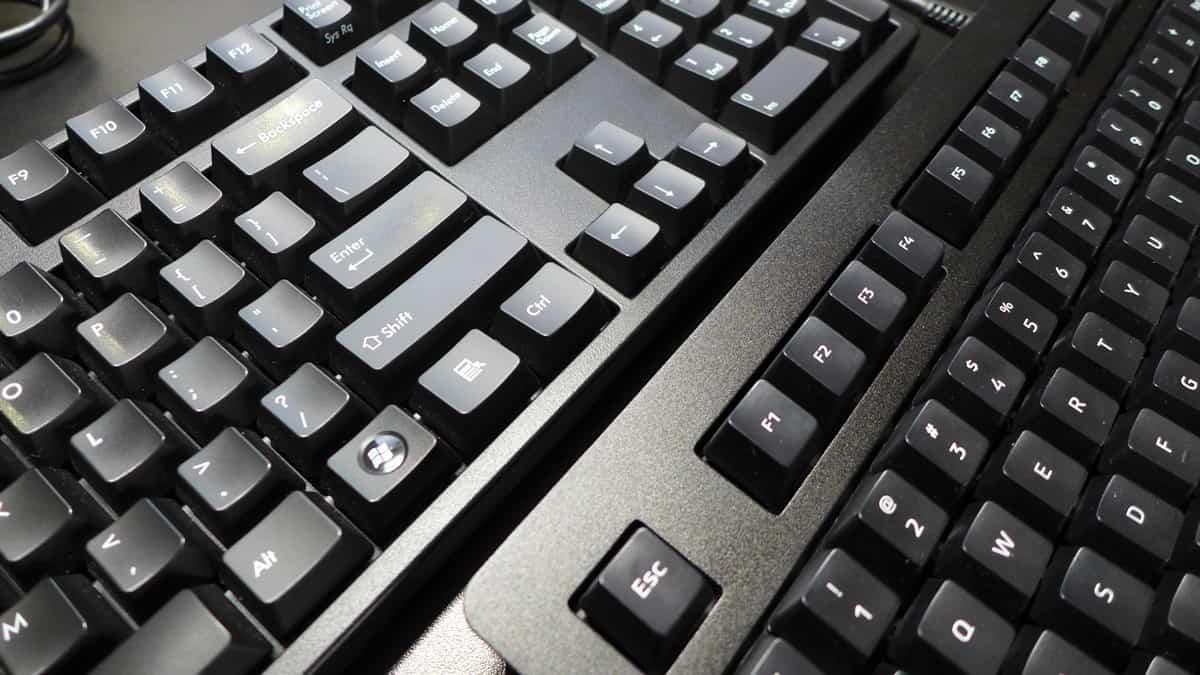 Filco Majestouch 2 vs Das Keyboard 4: Keycaps